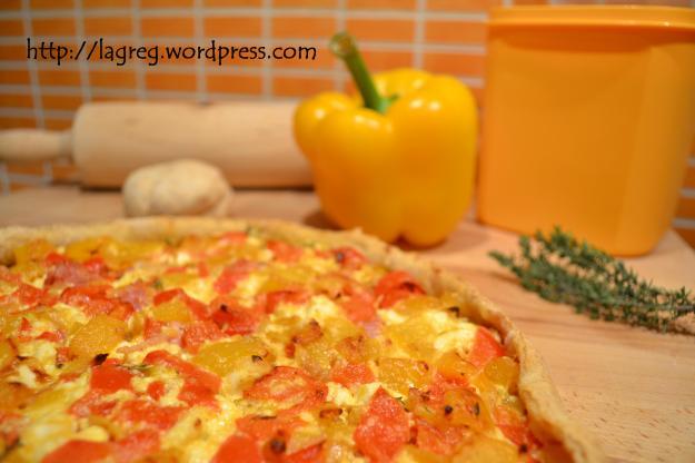 Pizza del recupero (peperoni, feta & timo)