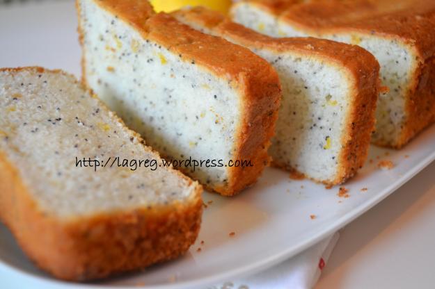 Cake al limone e semi di papavero (solo albumi)