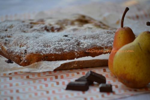 torta dei vasetti_yogurt, pere e cioccolato
