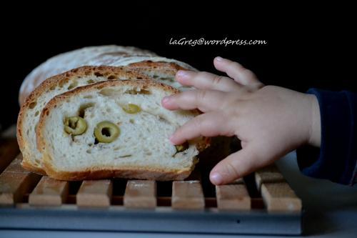 pane alle olive e acciughe con lm  (18) - Copia