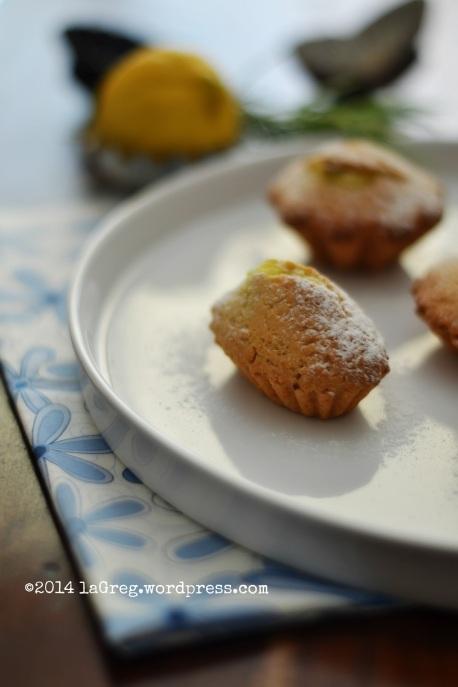 tortine di frolla all'olio con crema al rosmarino 1